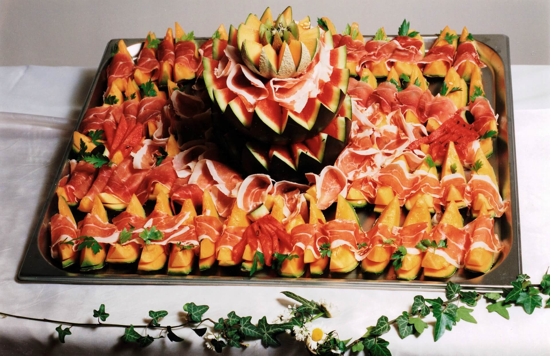 7XYUM - Catering & Events Company -Food8